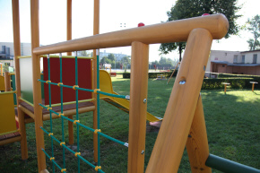 wooden metal playgrounds manufacturer Poland rope climbers climbing rocks CROQUET